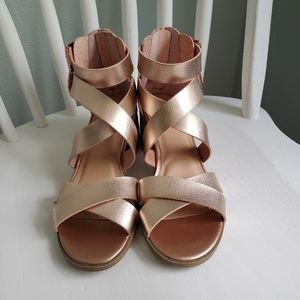 Material Girl Shoes - Material Girl rose gold fair-weather sandals 6